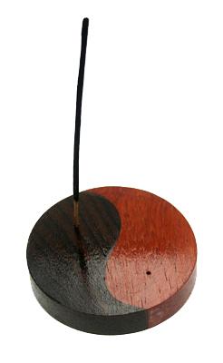 Houten wierookhouder met rozenhout
